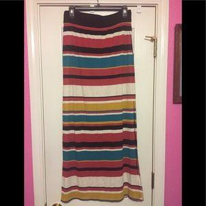 NWT Summer maxi skirt L